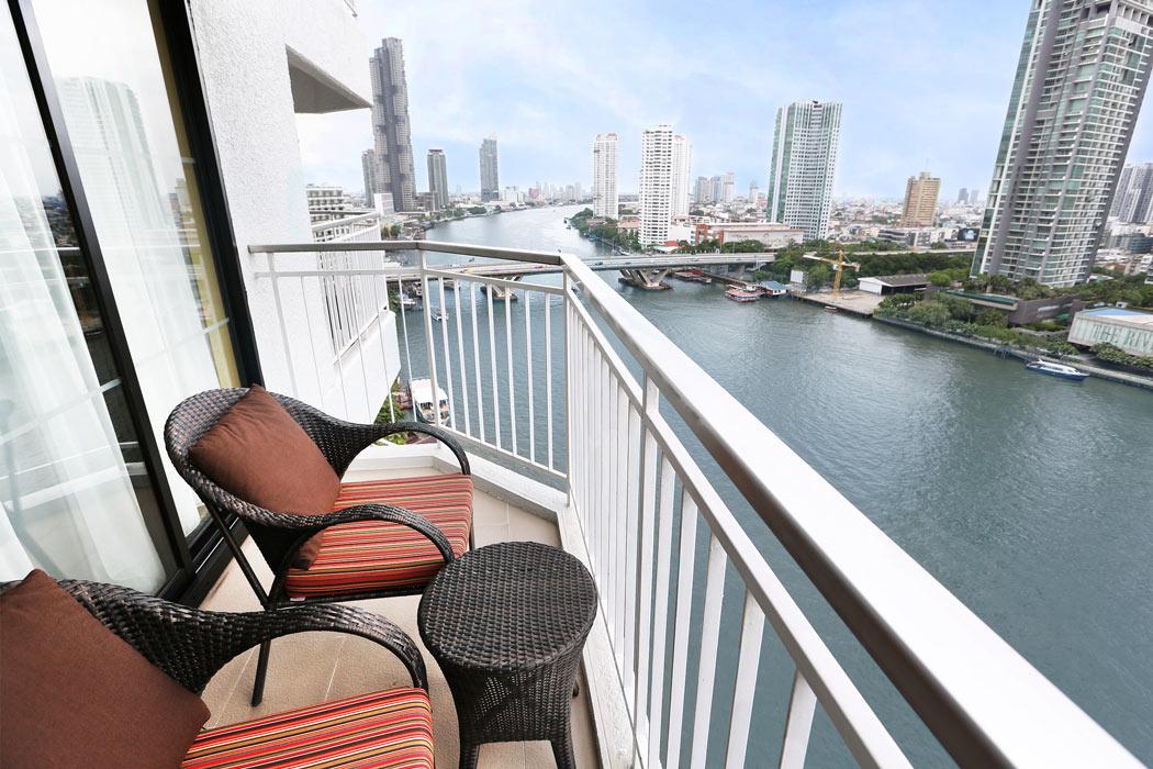 Shangri-La Bangkok Review: Deluxe balcony room in the Shangri-La Wing