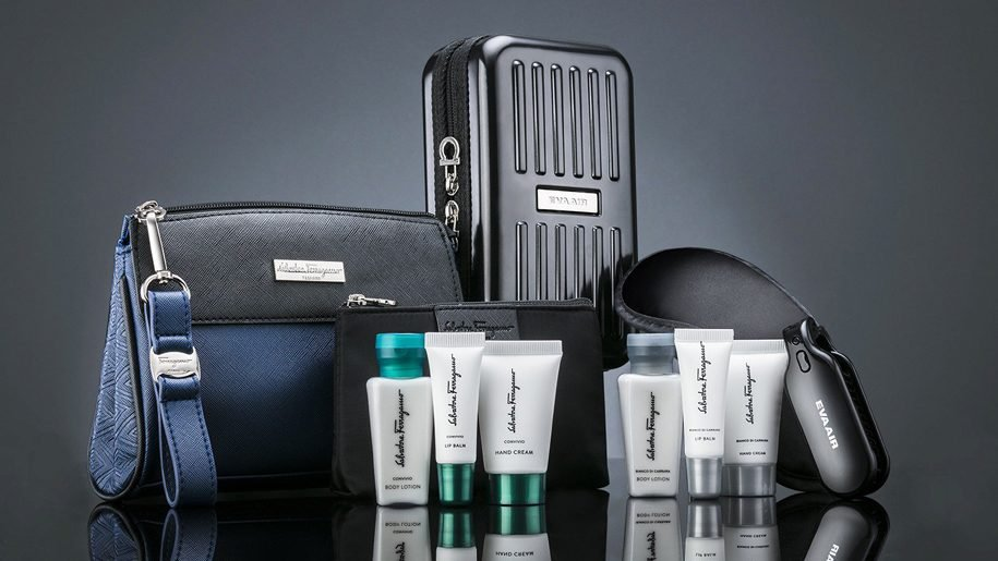 Eva Air amenity kit