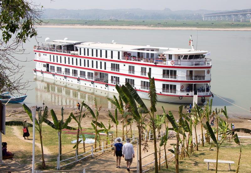 Cruising the Ayeyarwady River