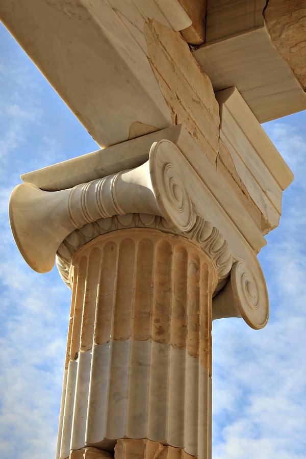 Parthenon column