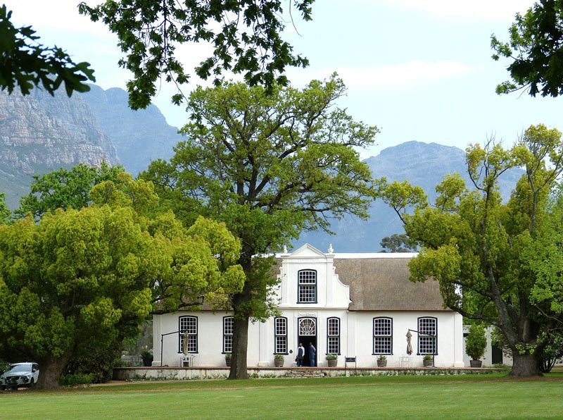 Wine tasting in Stellenbosch is a popular Cape Town day tour.