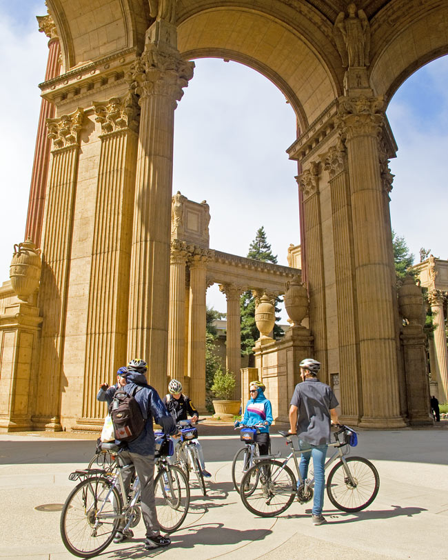We stopped at the Palace of Fine Arts on the way to the Golden Gate Bridge
