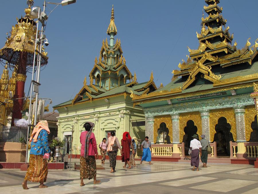 Worshippers at the Shwesandaw Pagoda, Myanmar