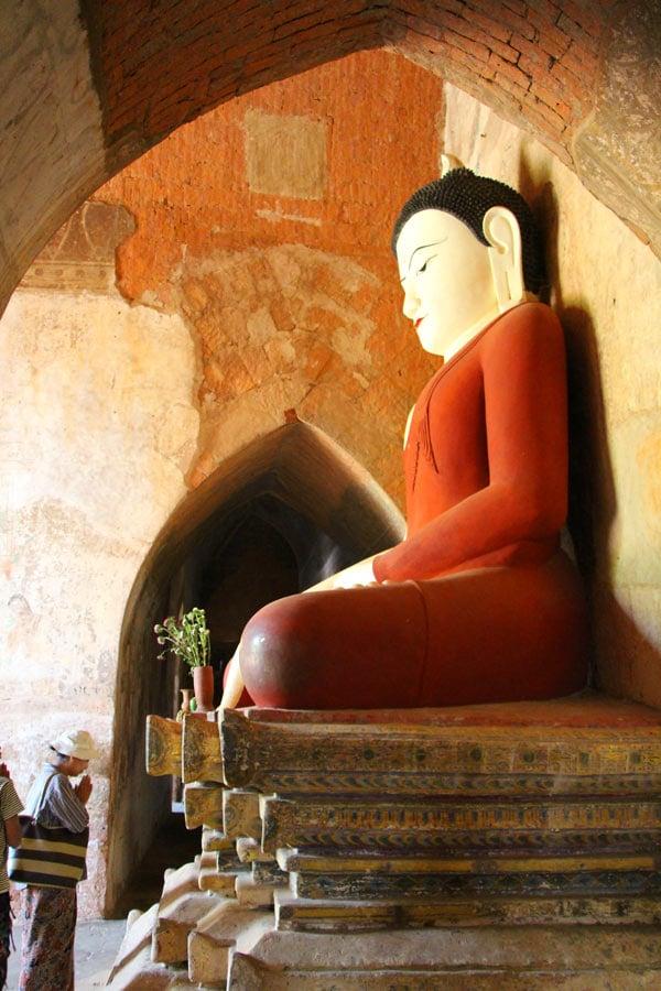Ananda Temple Buddha
