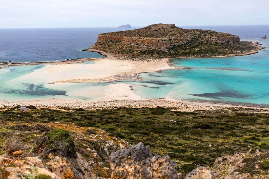Facts about Crete: Balos Beach has pink sand.