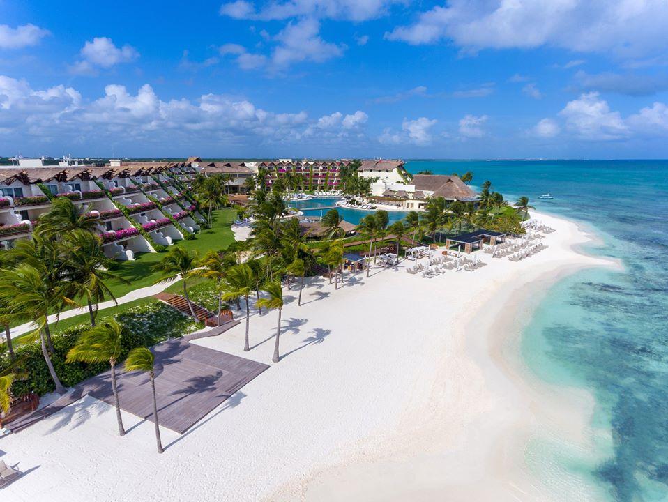 The white sand beach at Grand Velas Riviera Maya