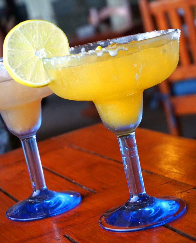 Mango margaritas at the Papagayo Dive Bar