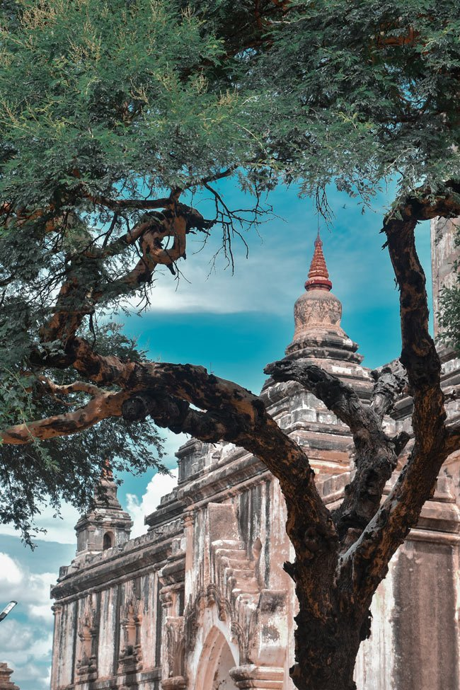 Thatbyinnyu Pagoda is one of the most beautiful temples in Bagan.