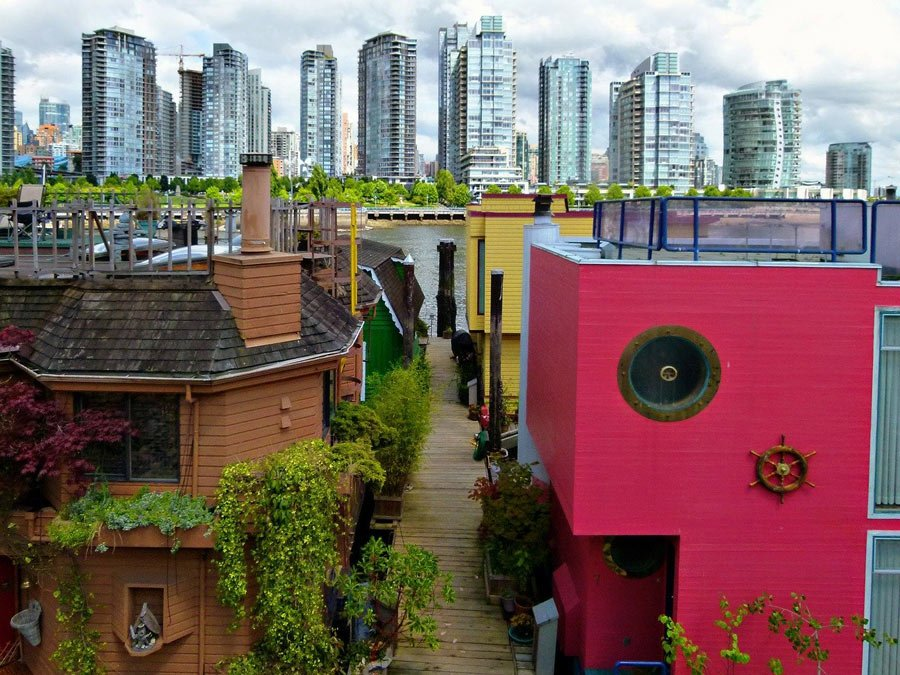 Vancouver is too beautiful just to zip in and out (you need to spend a few days in the city)