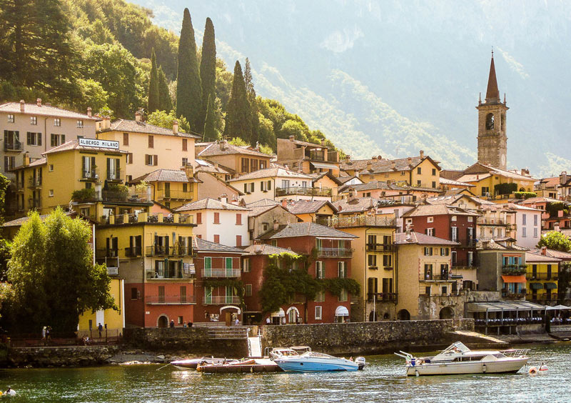 Lake Como is one of the most beautiful places in Italy to visit!