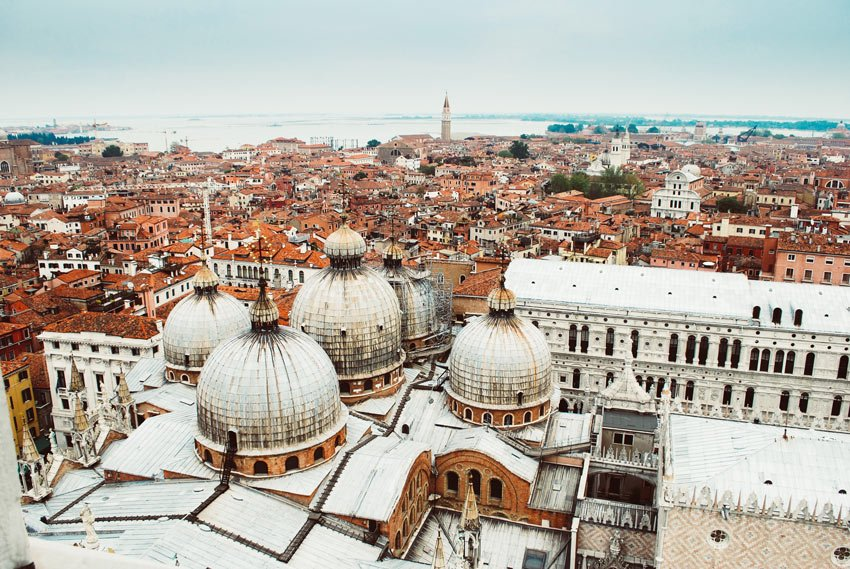 Venice is one of the most beautiful cities in Italy!