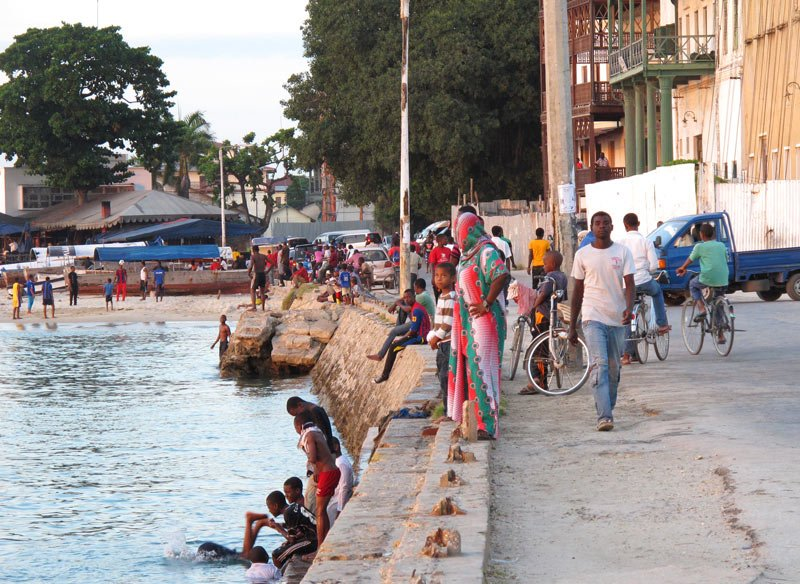 What to do in Stone Town, Zanzibar? Stroll along the seaside.