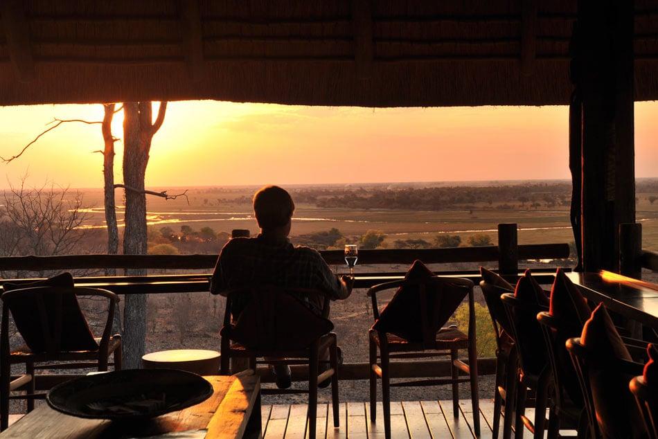 Sundowners at the bar at Ngoma Safari Lodge
