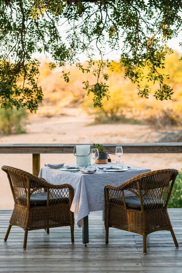 Table for two at Thornybush Game Lodge