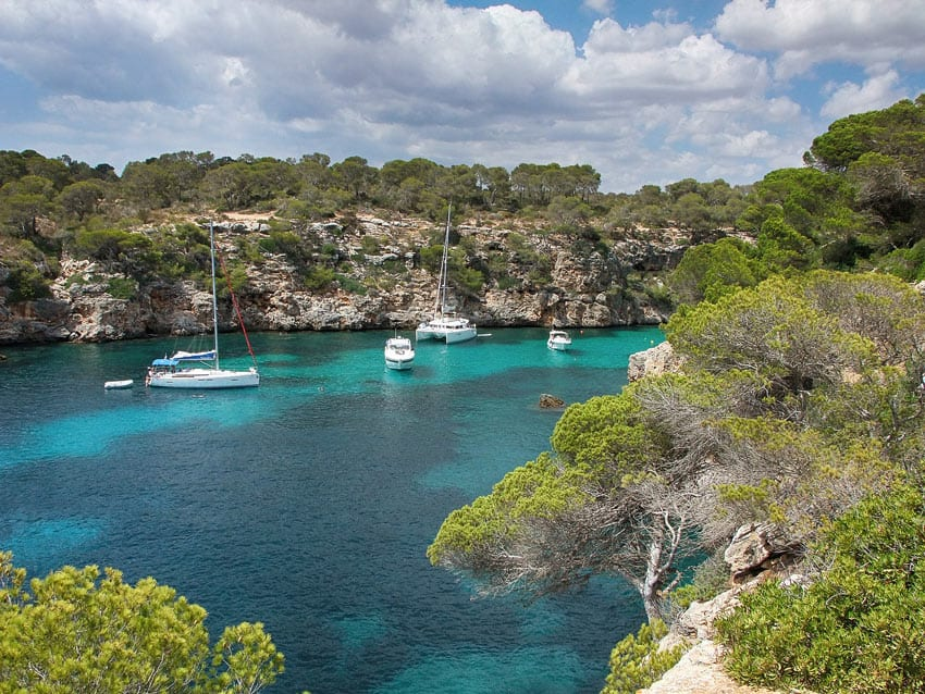Chilling out on Mallorca beaches? Just one of the fabulous things to do in Mallorca, Spain!