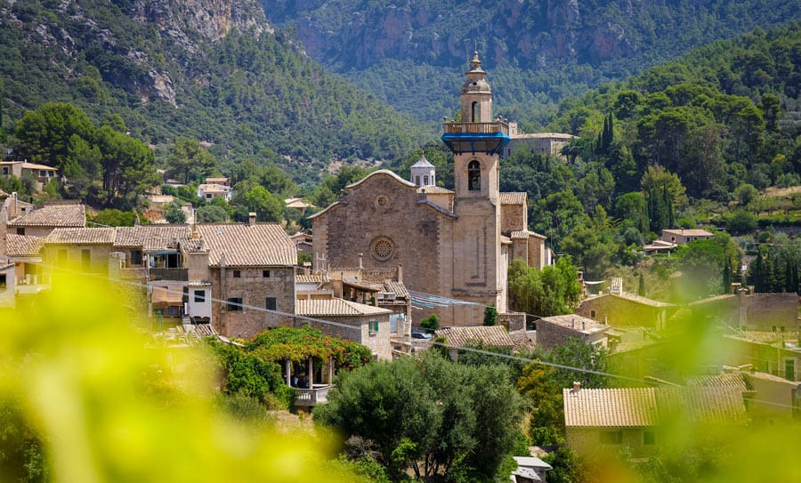 Chopin and George Sand spent the 1838-39 winter in Valldemossa.