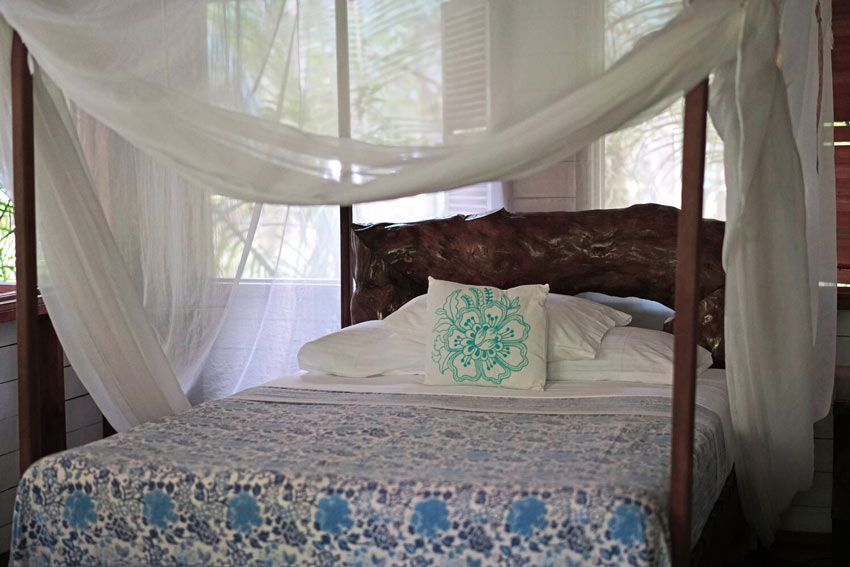 Rooms and cabins at Casa Cayuco are simply furnished, but comfortable