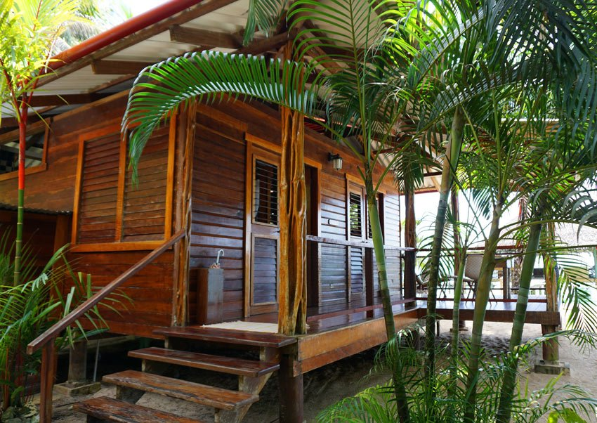The Tortuga cabin at Casa Cayuco has a queen bed and can accommodate up to three additional single beds (one bathroom)