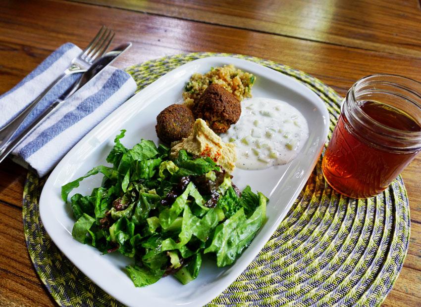 A healthy Mediterranean lunch at Casa Cayuco