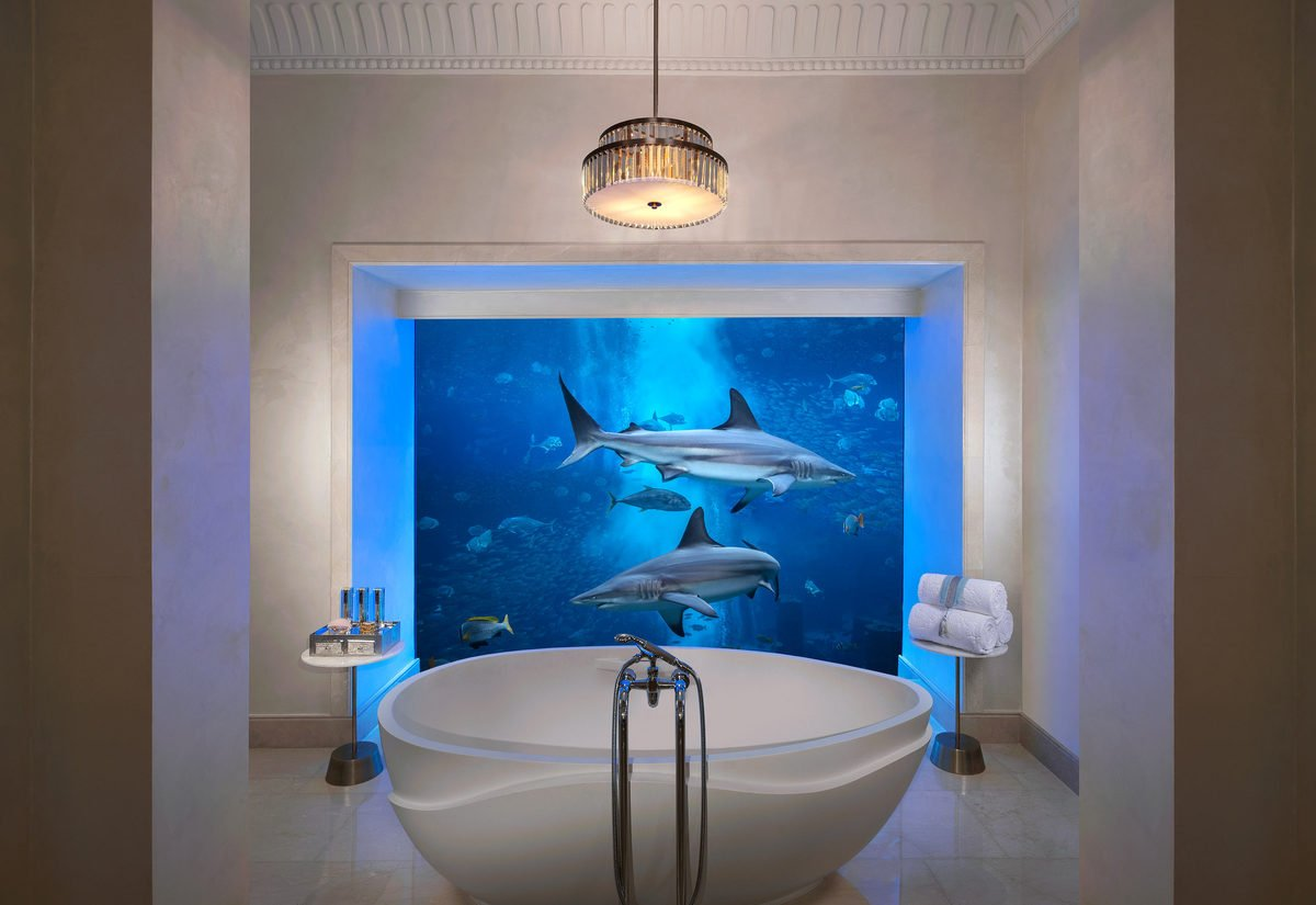 Poseidon and Neptune suites at Atlantis, The Palm in Dubai have the most amazing hotel bathrooms!