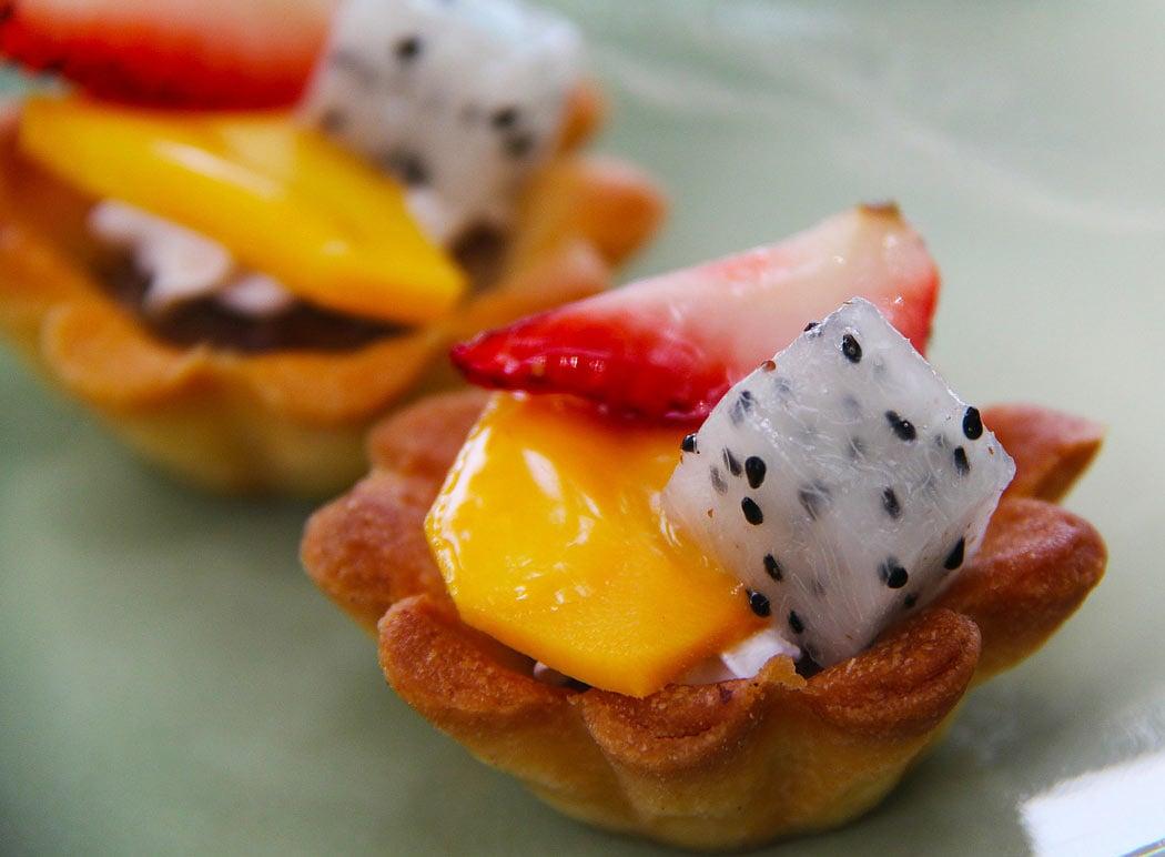 Dragon fruit tart