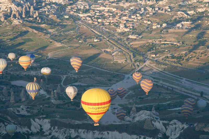 Ballooning in Cappadocia is one of the most special things to do in Turkey