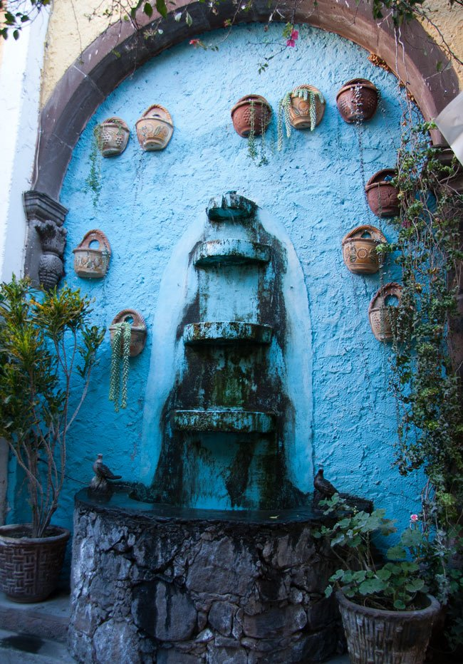 A blue fountain in San Miguel de Allende