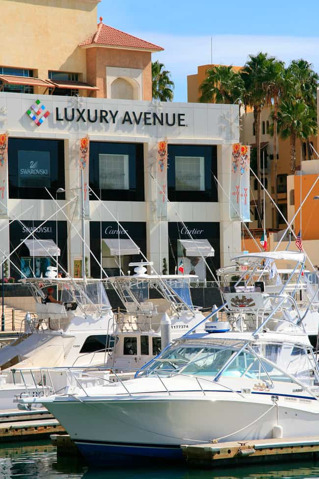 Luxury Avenue shopping mall in Cabo San Lucas