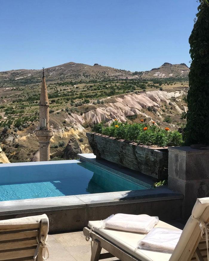 Argos in Cappadocia pool
