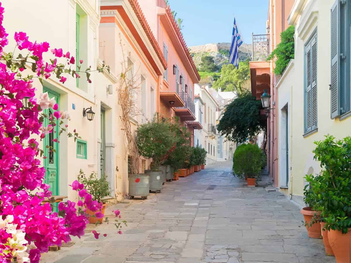 Is Athens worth visiting? For sure!