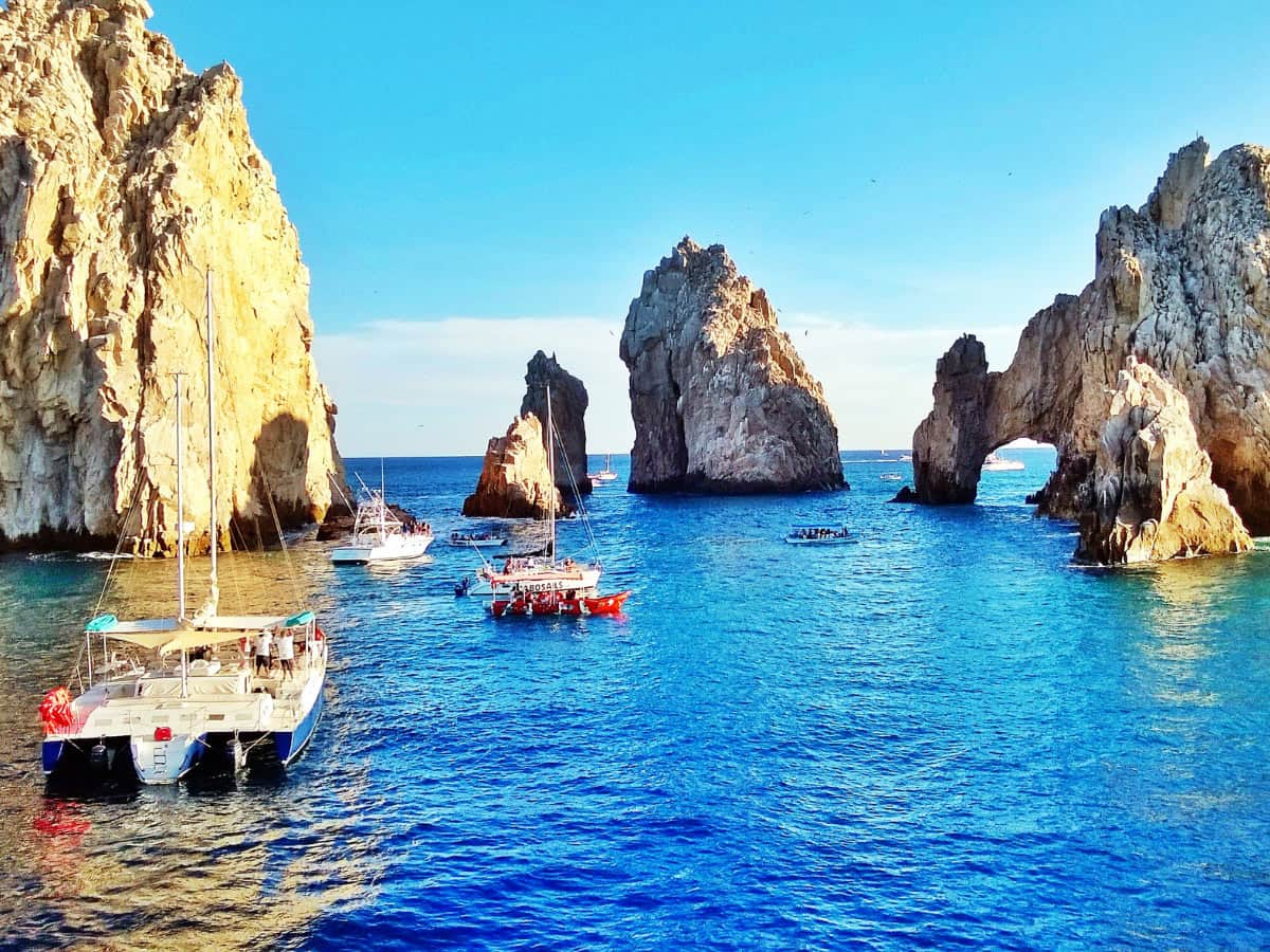 There are lots of fun water activities in Los Cabos!