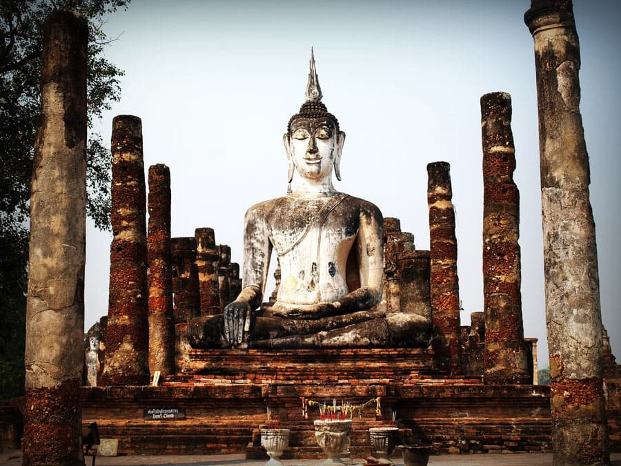 An hour's drive away from Bangkok is the ancient capital of Ayutthaya.