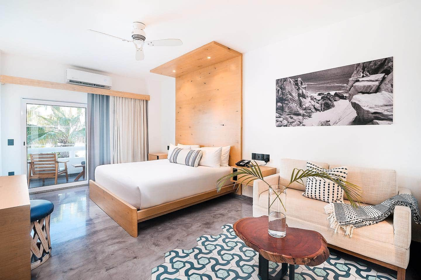 Guestroom at the Bahia Hotel, Cabo San Lucas