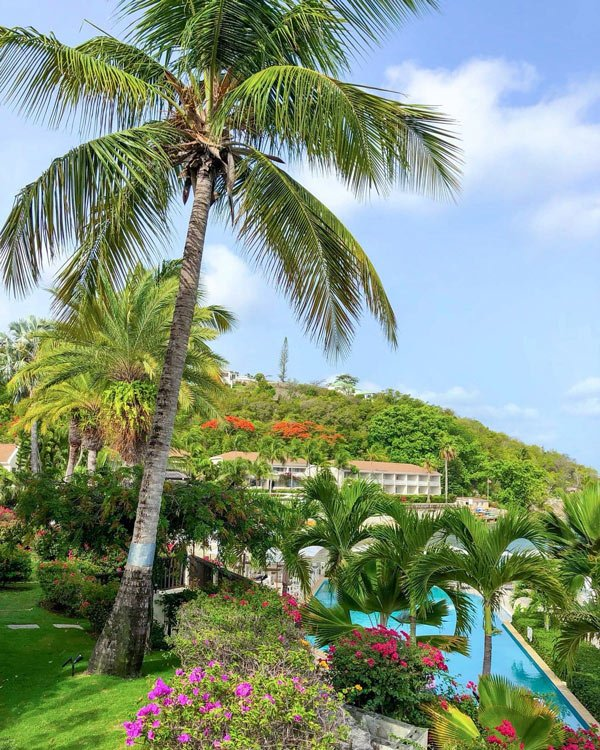 Blue Waters Resort is one of the best 5-star Antigua hotels.