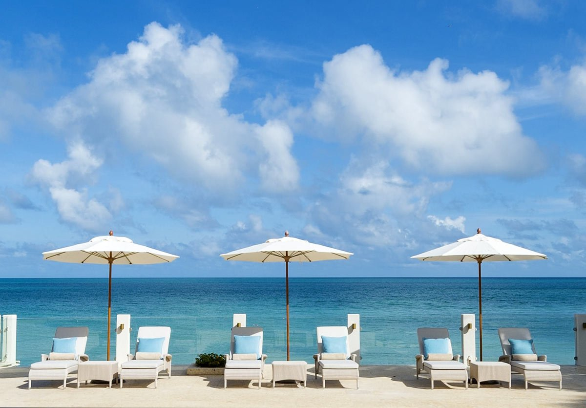 You can have a right royal holiday at Blue Waters, Antigua.