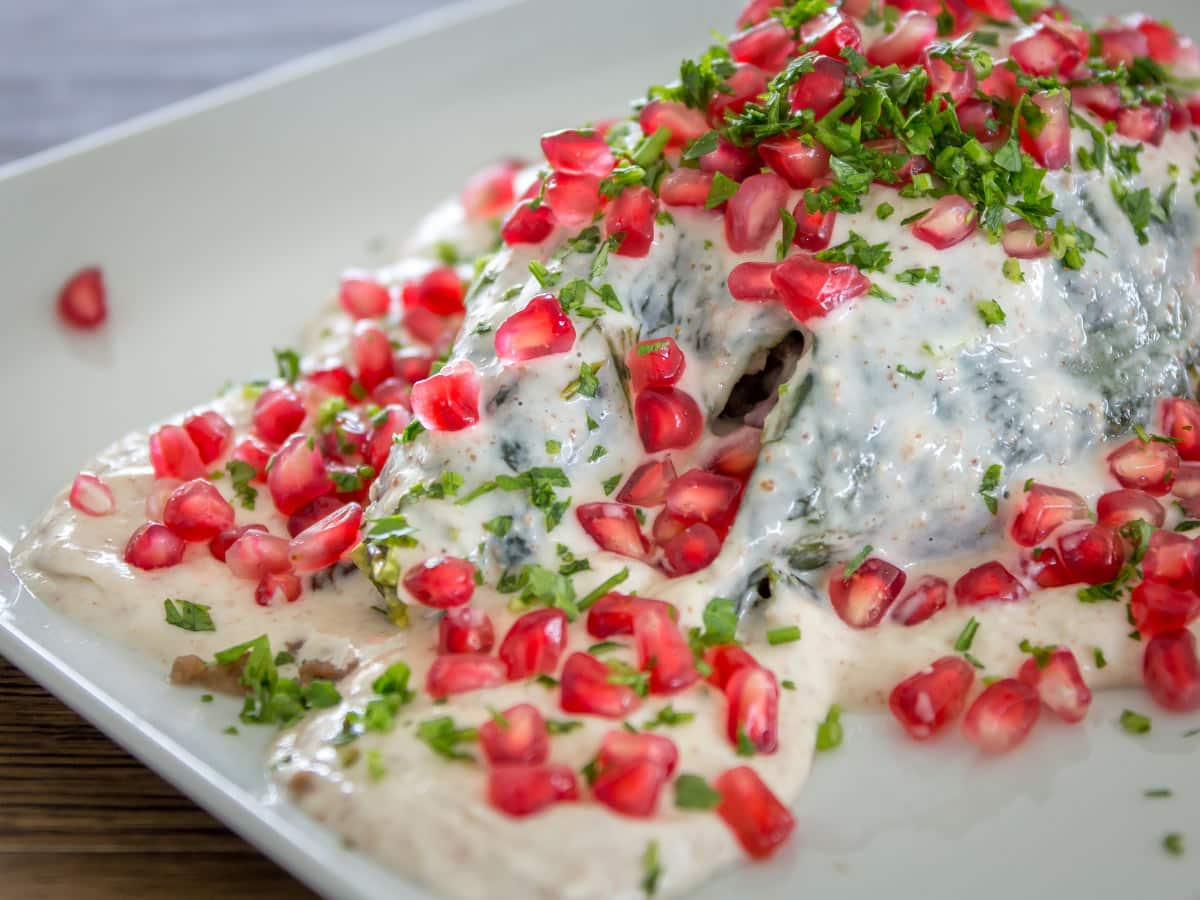 One of the most delicious Mexican food dishes: Chiles en nogada