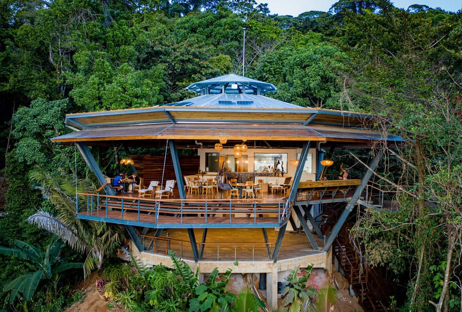 La Loma Jungle Lodge recently reopened in Bocas del Toro after being extensively renovated.