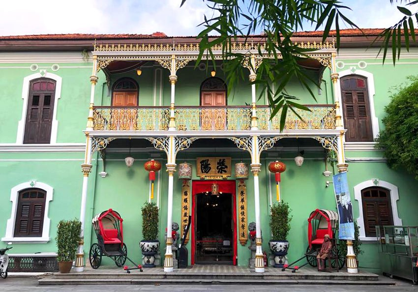 Visiting the Pinang Peranakan Mansion is one of the best things to do in George Town.