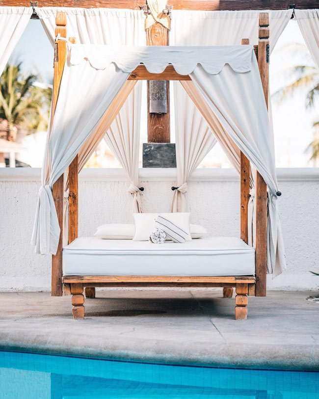 The Bahia Hotel, Cabo San Lucas, is oh-so-cool!