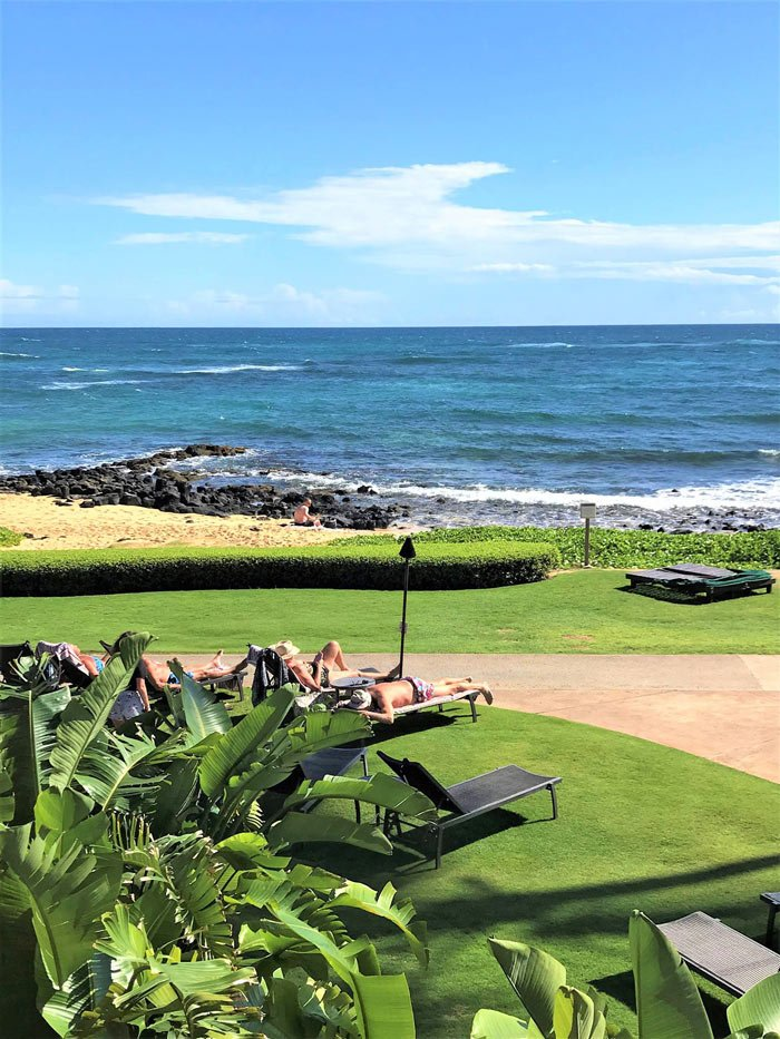 For a quiet spot to sleep in the sun, slip around to the side of the Sheraton Kauai.