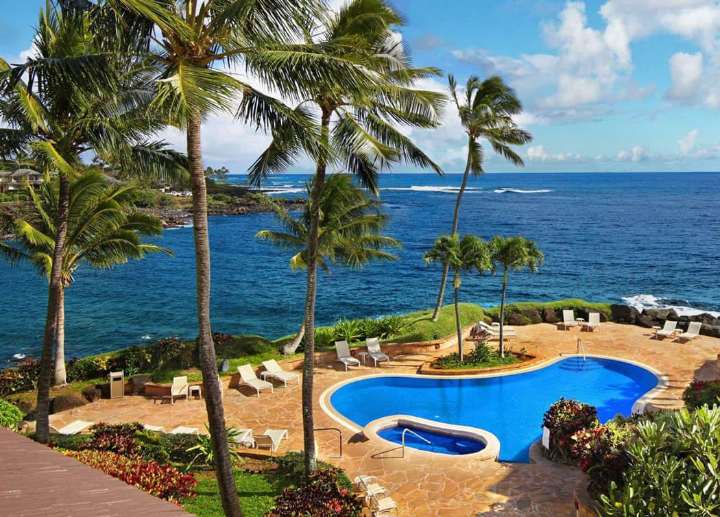 The pool at Whalers Cove overlooks the ocean