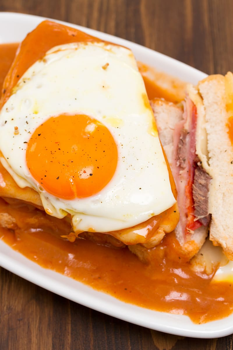 What to eat in Porto? A Francesinha sandwich!