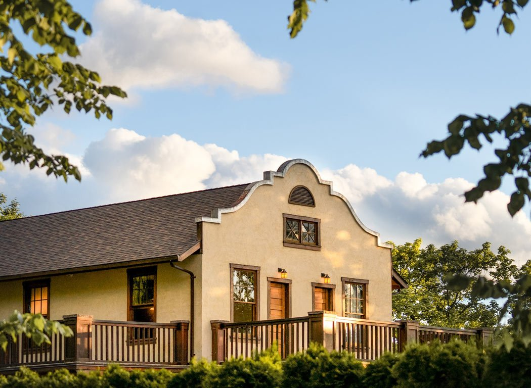 The Naramata Inn is the most romantic place to stay in Naramata for couples.