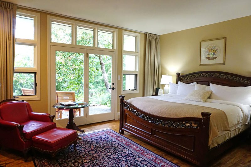 Woodston Manor guest room
