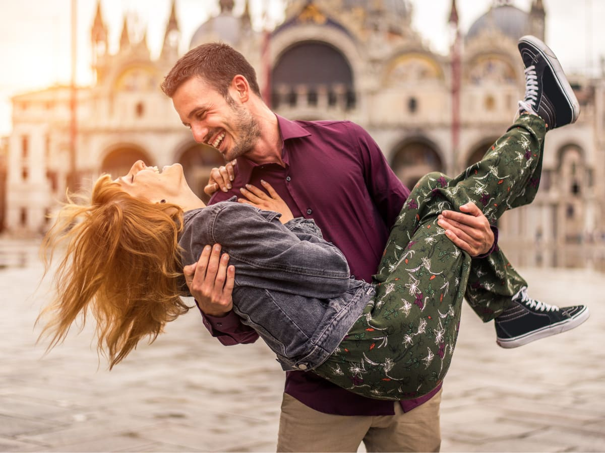 There are lots of romantic things to do in Venice, Italy!