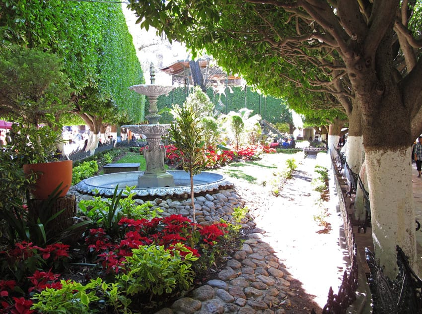 The pie-shaped Jardin Union is a lovely sliver of city garden in Guanajuato.