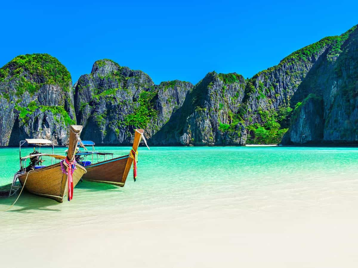 Some of the best places to visit in Thailand are the country's beautiful beaches.