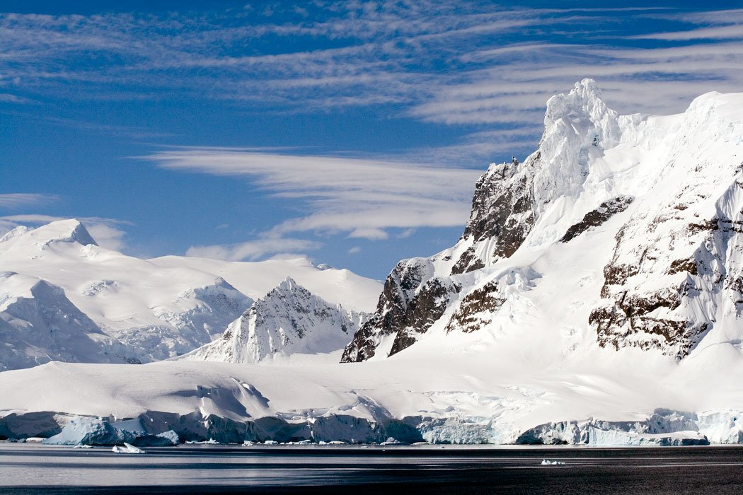There are many beautiful places to visit in Antarctica!