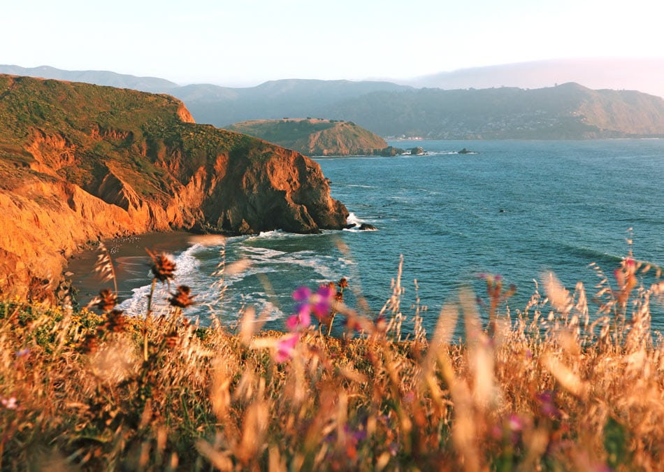 What to do in Pacifica aside from eating at the Taco Bell? Hike to Mori Point.