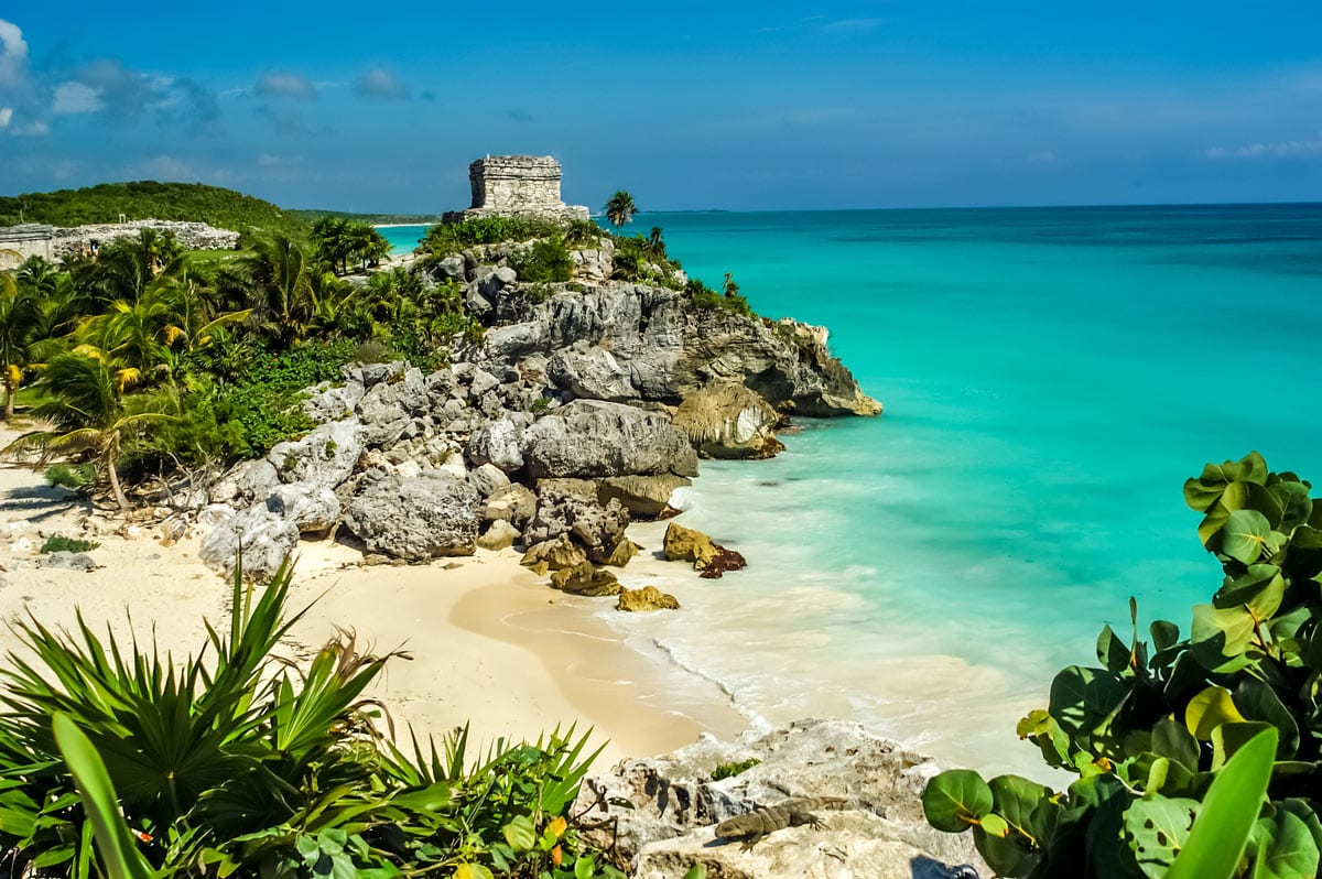 The Mayan ruins of Tulum are one of the best archaeological sites in Mexico.